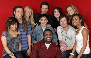 AMERICAN IDOL: Top 10. Pictured Clockwise from L: Ramiele Malubay, Jason Castro, Brooke White, Michael Johns, Carly Smithson, Kristy Lee Cook, Syesha Mercado, David Cook, David Archuleta (C) and Chickezie (bottom C). © Fox Broadcasting Co. Cr: Frank Micelotta/FOX