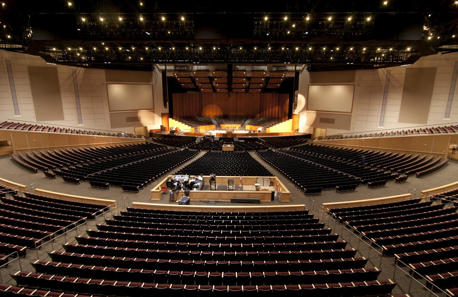 auditorium-wide